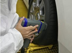 测试汽车轮胎